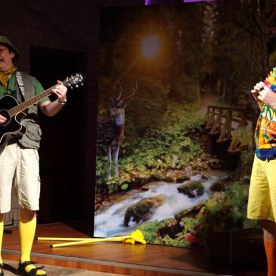 Foto van Meeleeftheater - Hier! Een Nieuw Dier! | Kindershows.nl