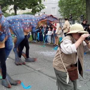 Dinosaurus Duo - Straattheater Act boeken
