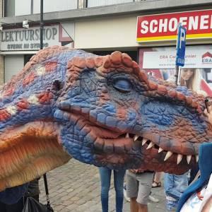Dinosaurus Duo - Straattheater Act inhuren