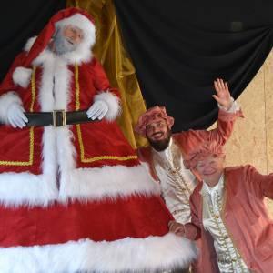 Wobbeling Kerstman inhuren?