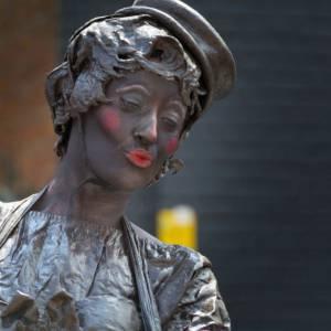 Living Statue Choco Candy inhuren