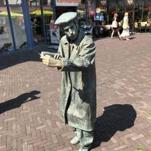 Levend Standbeeld  Monsieur Baguette inhuren