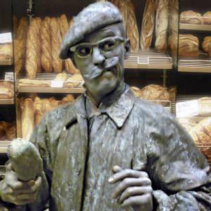 Levend Standbeeld Monsieur Baguette boeken