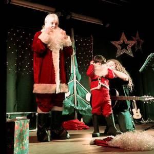 Muziektheater Als ik Kerst mis inhuren