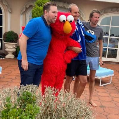 Meet & Greet van Elmo inhuren