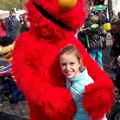 Meet & Greet Elmo boek je bij Artiestenbureau JB Productions
