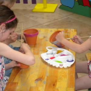 Kids Workshop Bloempot Schilderen inhuren