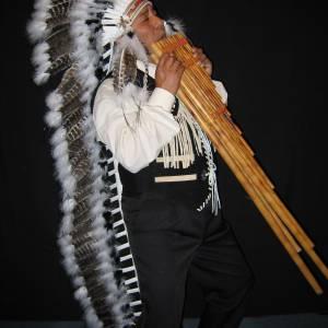 Los del Sol - Apache Indianen mobiele act inhuren?