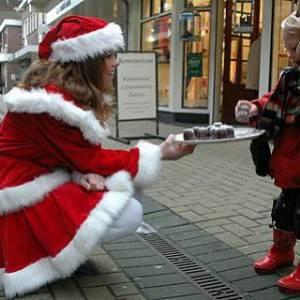 Inzetten van Zoen van de Kerstvrouwtjes