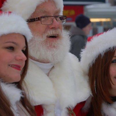 Foto van Rondlopende Kerstman en Kerstvrouwtje | Sint en Kerst
