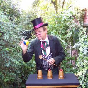 Tricky Dickens inhuren?