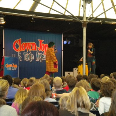Bekende Clown Jopie en Tante Angelique inhuren