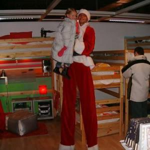 2 Steltlopende Kerstfiguren boeken?