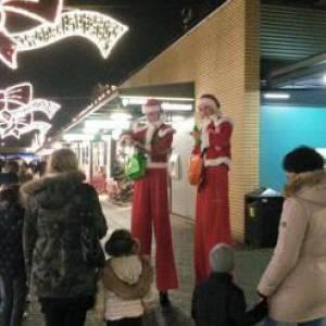 2 Steltlopende Kerstfiguren inzetten?