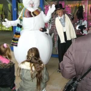 Stuffy de Schoorsteenveger en de Sneeuwpop inhuren