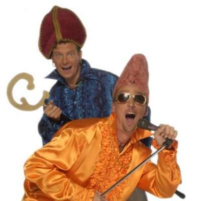 Fotoalbum van Gebroeders Ko Sint Meezing Sjo - Sinterklaasshow | sinterklaasshow.nl