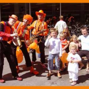 Dixie Duo Swing 'n Roll Oranje Supporters inzetten?