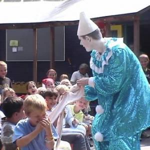 Clown Zassie Kindershow inzetten of boeken?