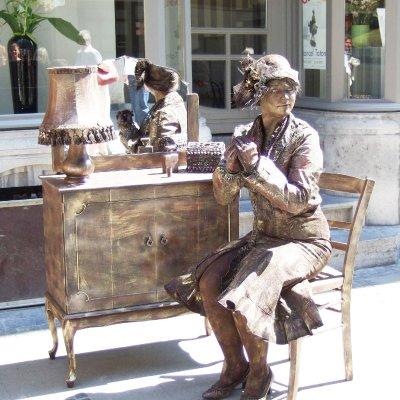 Download promotiefoto van Levend Standbeeld - Mademoiselle Parfum
