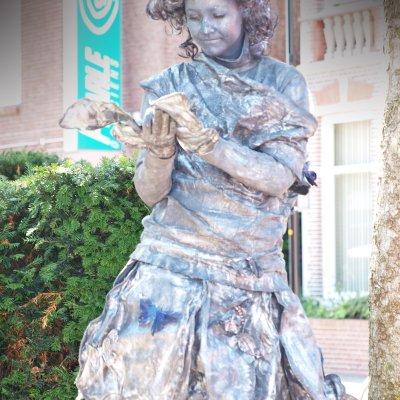 Download promotiefoto van Levend Standbeeld - De Vlinder Koningin