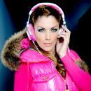 Kelly Pfaff als DJ - Kindershows.nl